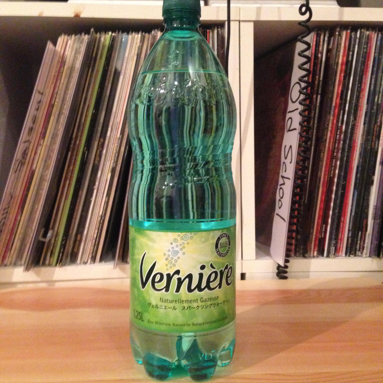 【硬水天然炭酸水】Verniere(ヴェルニエーレ)