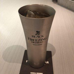 blacknikka-freezing-highball-side