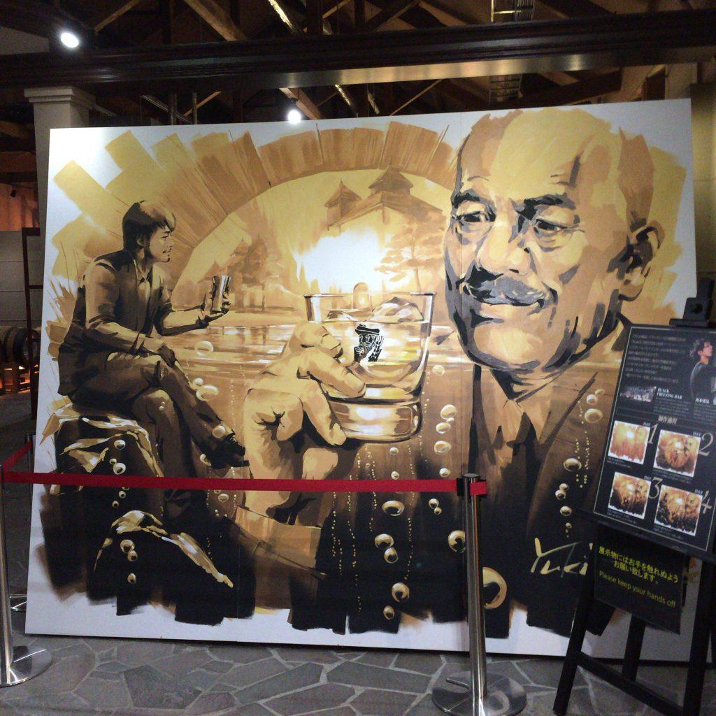 余市のウイスキー博物館に飾られた絵。筆者は制作過程を東京でも見ている。