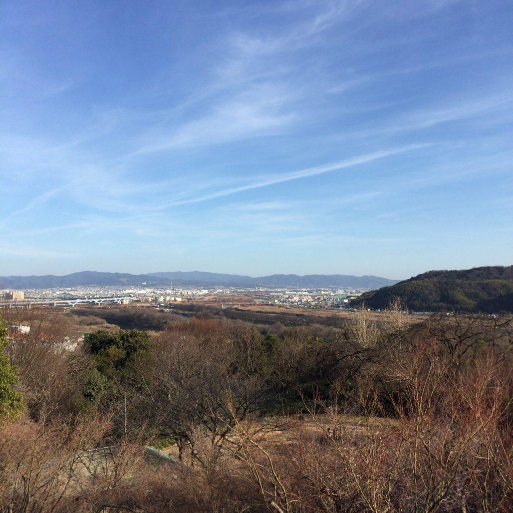 加賀正太郎の別荘から見た淀川。スコットランドの景色に似ているかもしれない。