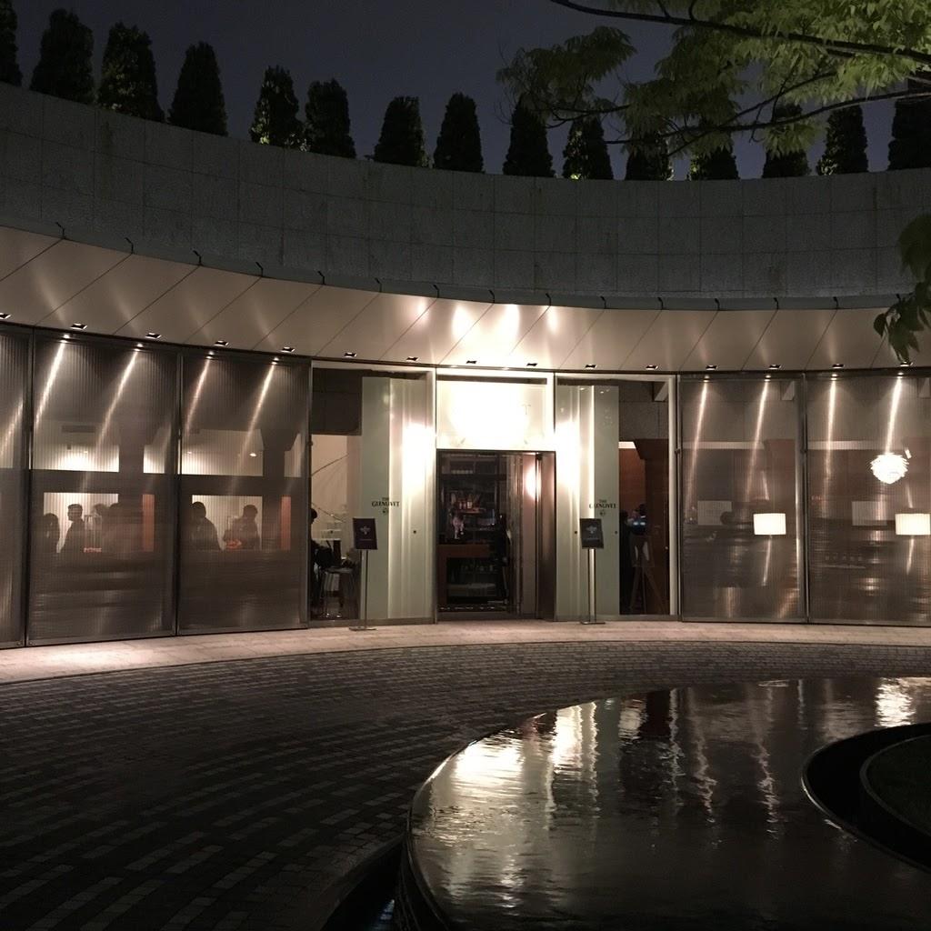 今回の会場の高級北欧レストラン、アクアヴィット。溢れ出る高級感。