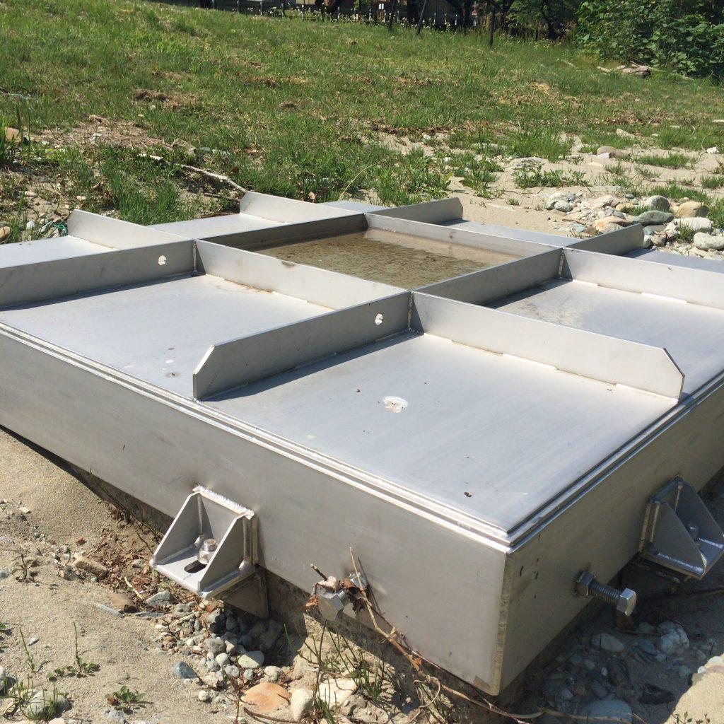 新川の伏流水をくみあげる取水装置。夏には取水制限が入る。