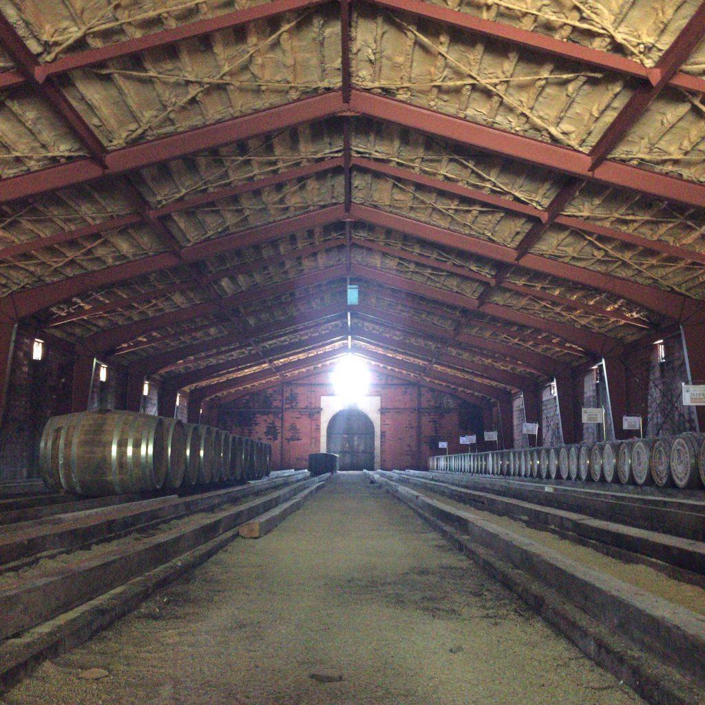 宮城峡蒸溜所の秘密の貯蔵庫。一般見学者には開放されていません。