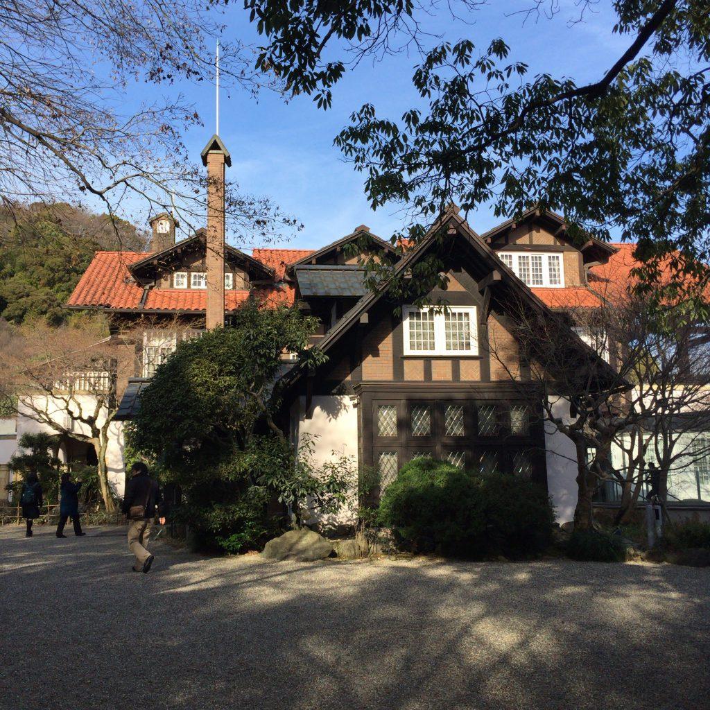 加賀正太郎が生活していた山崎の山荘。ここから余市にはるばる足を運ぶこともあった。今は美術館になっている。