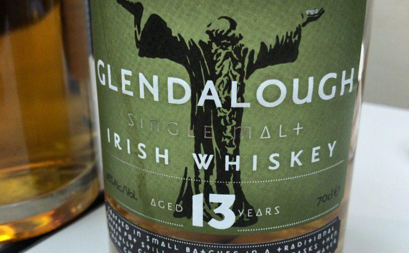 グレンダロウ(glendalough)の13年。ボトルには聖ケビンが描かれています