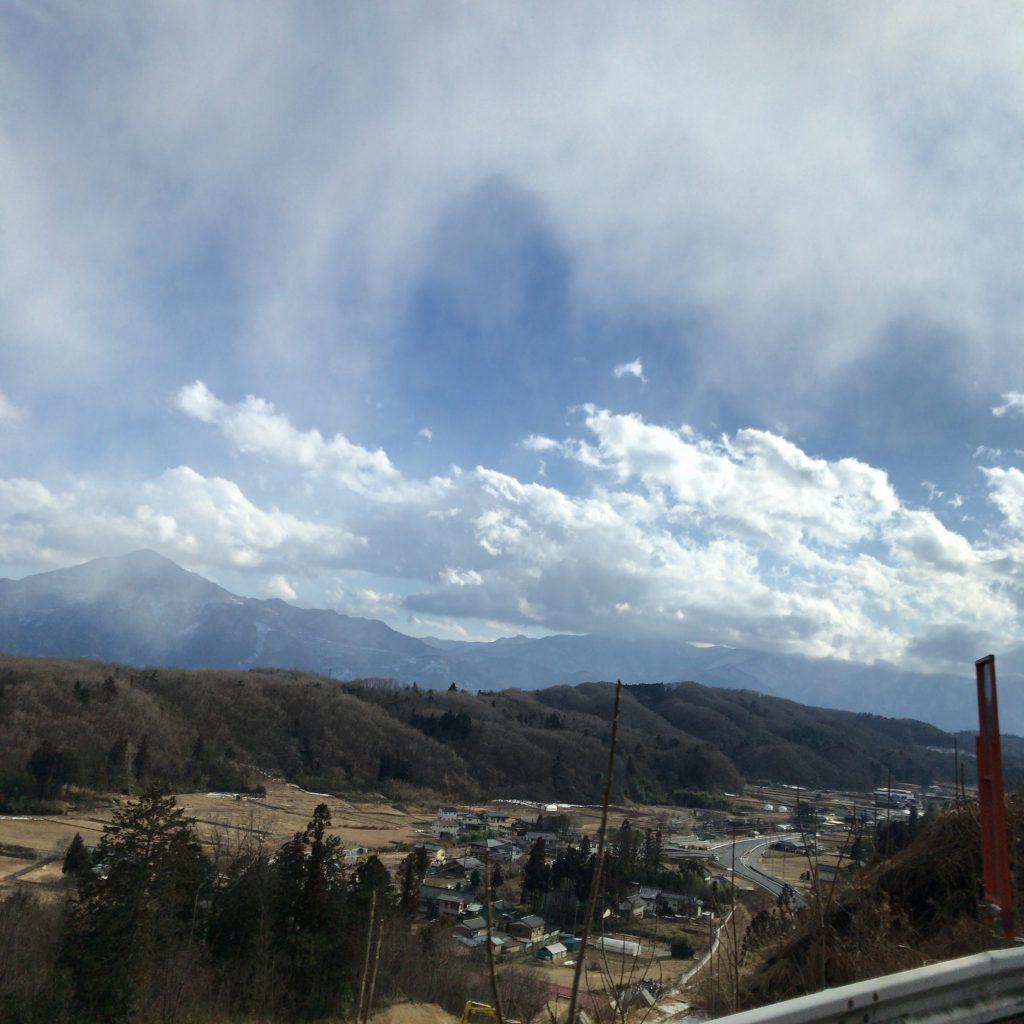 秩父蒸溜所への道のりからの景色。